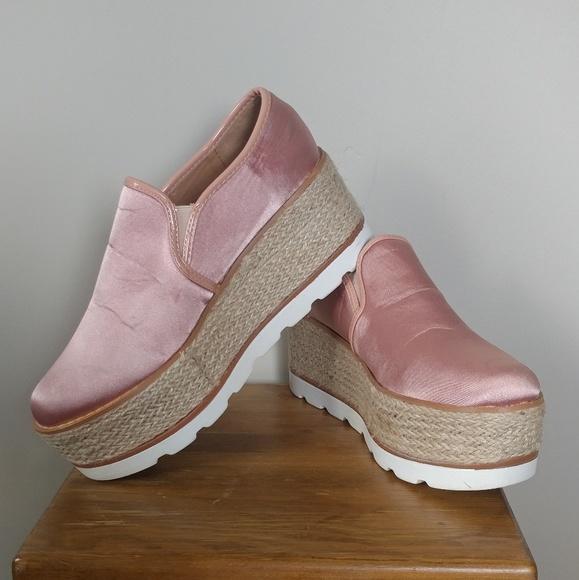 b14d420c3bb Pink Pazzle platforms. M 5bb52c6d0cb5aa0beb98a57c